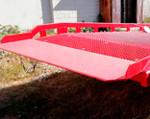 6) warga rampy zrobiona z płyty pancernej WB507 o grubości do 20 mm, zapewniającej dodatkową niezawodność przy dużych obciążeniach.